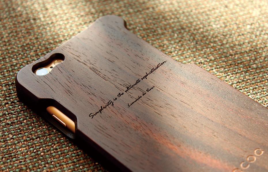 レーザー刻印で木製ギフトに名前を刻印