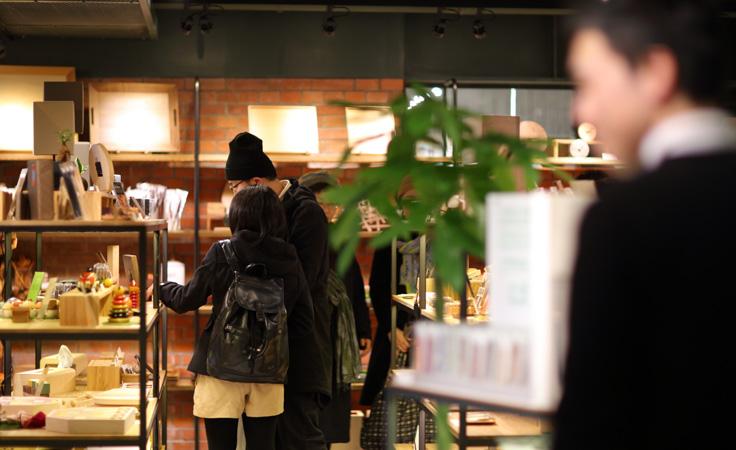 Hacoaダイレクトストア 横浜赤レンガ倉庫店