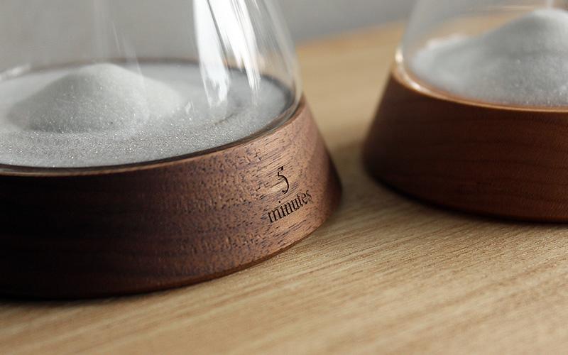 贅沢な時間に癒されるおしゃれな木製砂時計