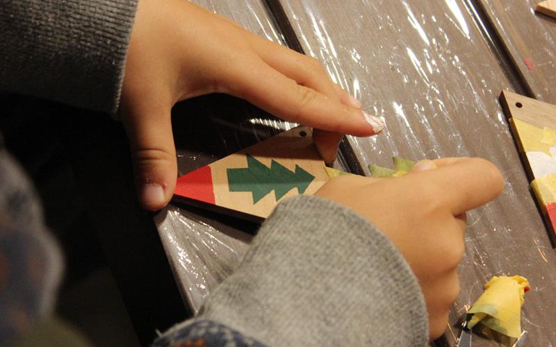 子どもも参加可能 木製ガーランド ワークショップ