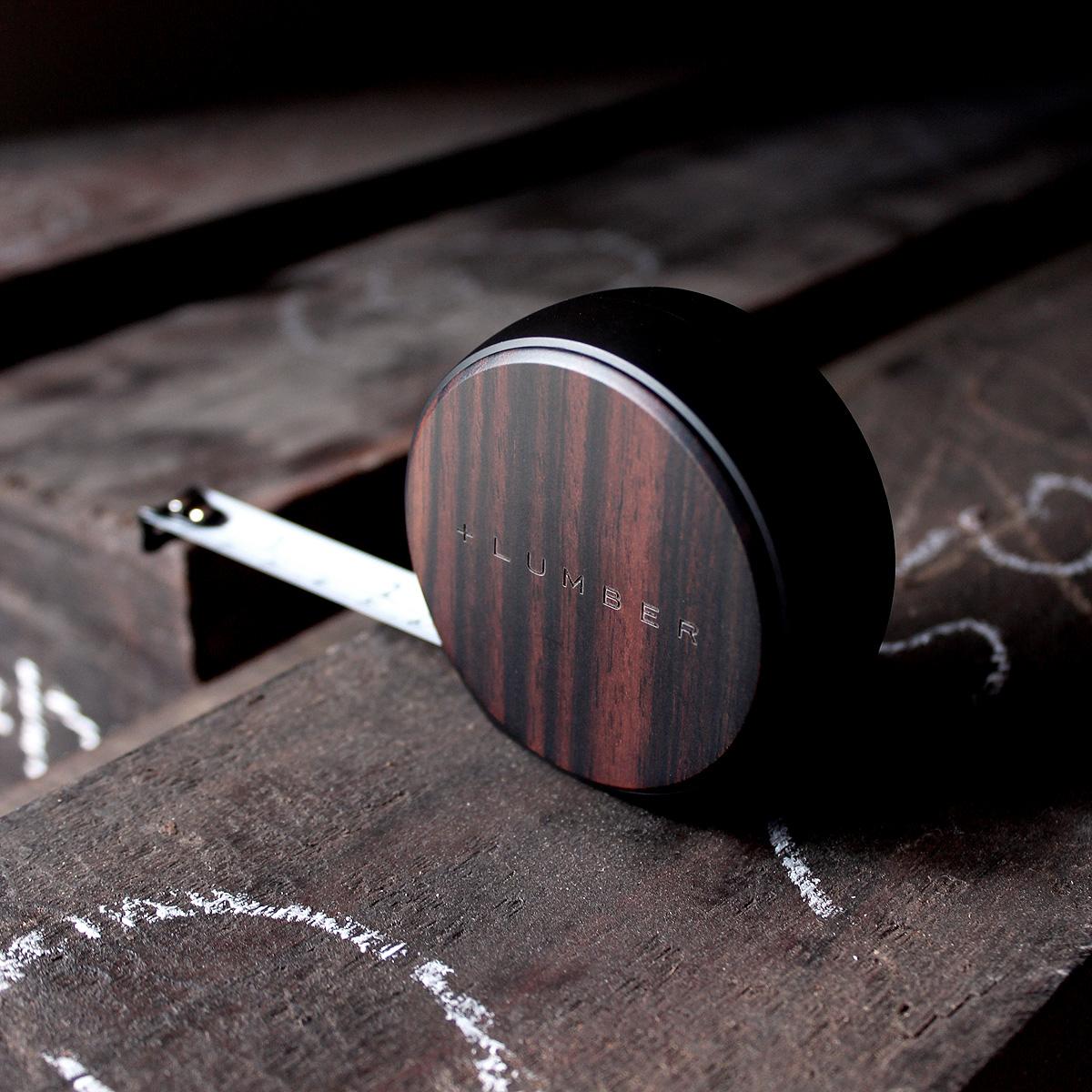 感が心地良い木製メジャー巻尺「MEASURE 3.5M(黒檀)」