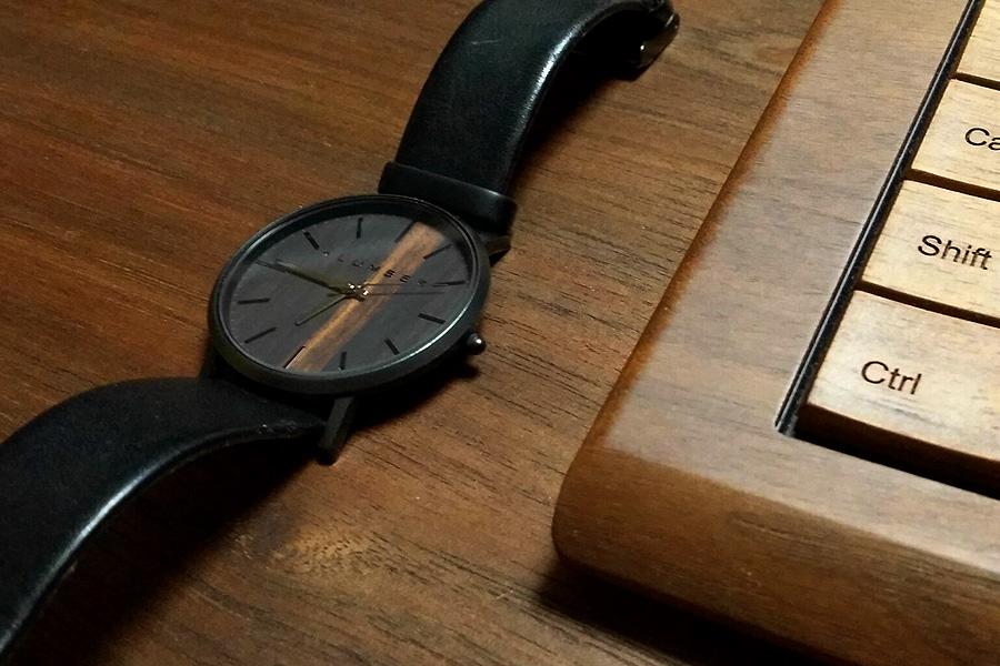 お客様のご愛用品-木製腕時計「WATCH1100」