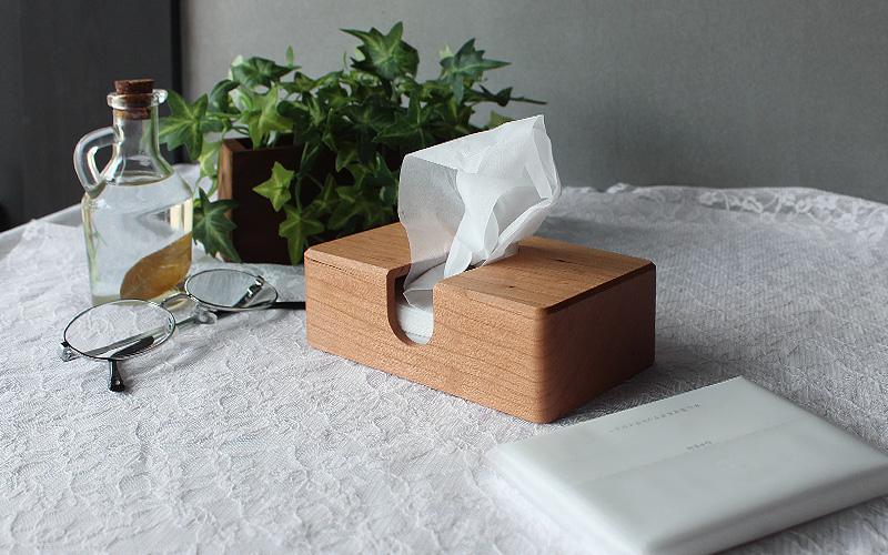 最後の一枚まで取り出しやすい「Pocket Tissue Case」