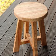 オープニングワークショップ-木製丸スツール